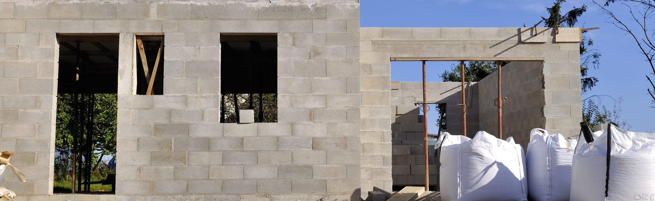 Epaisseur Enduit Sur Parpaing réaliser un mur en parpaing à coller – tout sur le béton