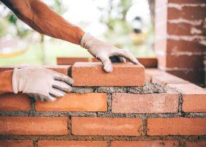 faire un mur en brique pleine